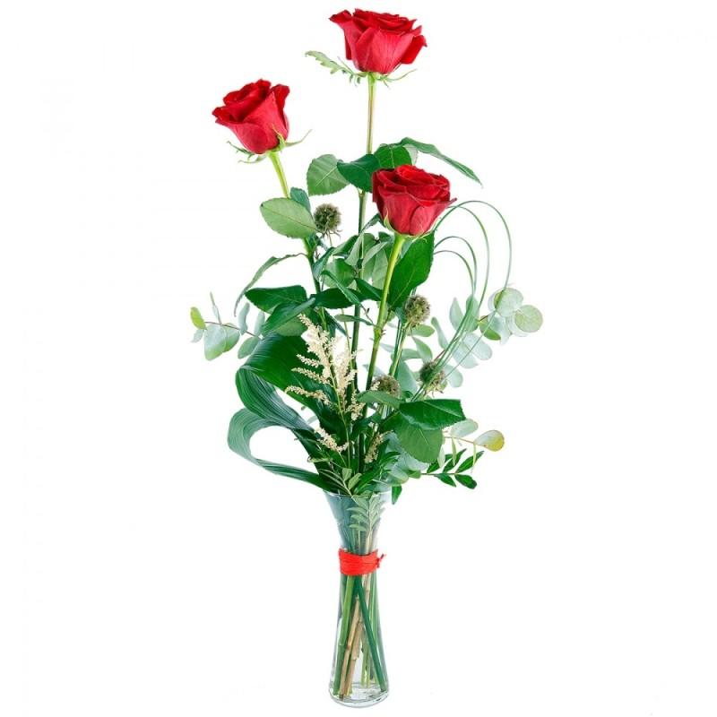 Ramo de rosas con jarrón Corazón