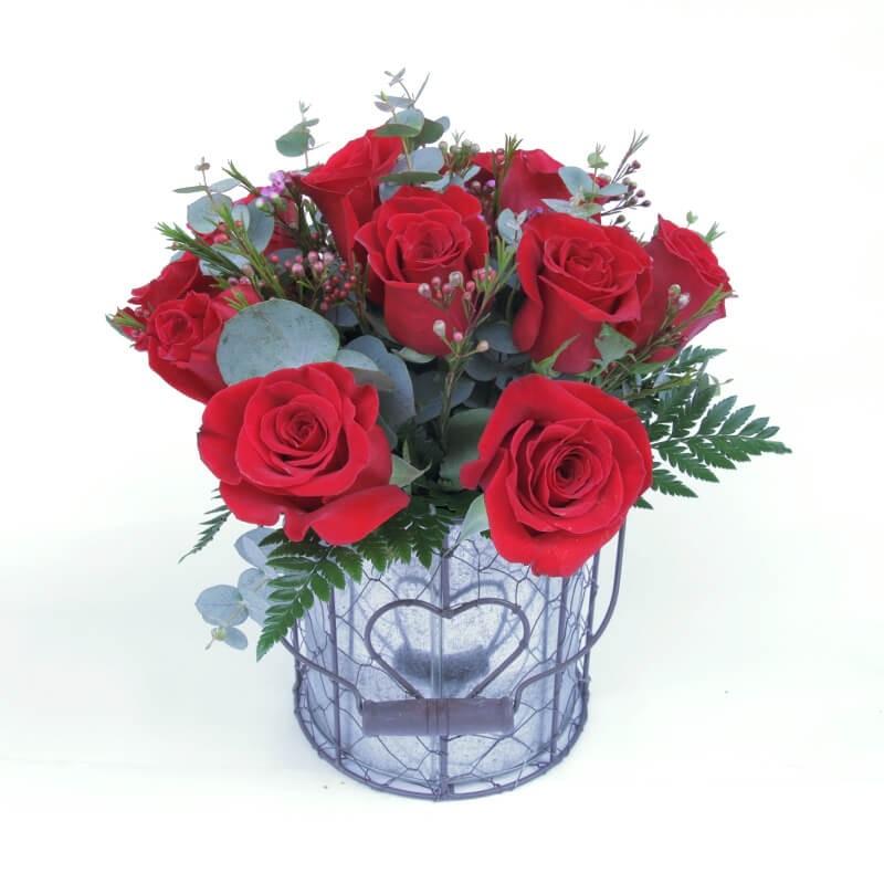 Bouquet de Rosas en base metálica