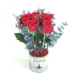 Bouquet de Rosas San Valentín en base metálica