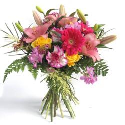 """Ramo de Flores """"Carmen Miranda"""""""