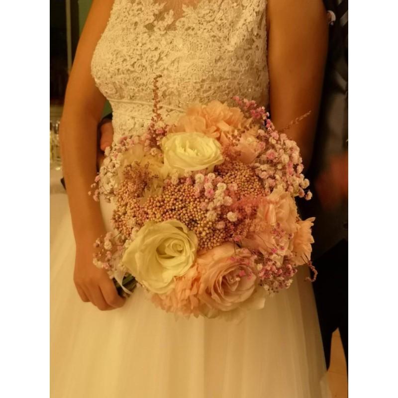 Ramo de novia vintage con tono rosado