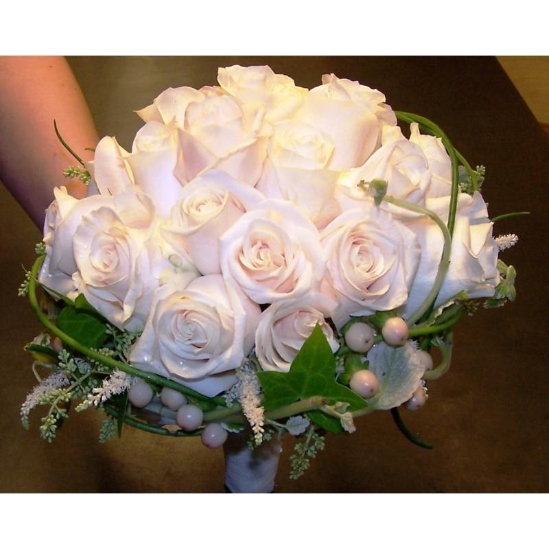 Ram de núvia amb roses