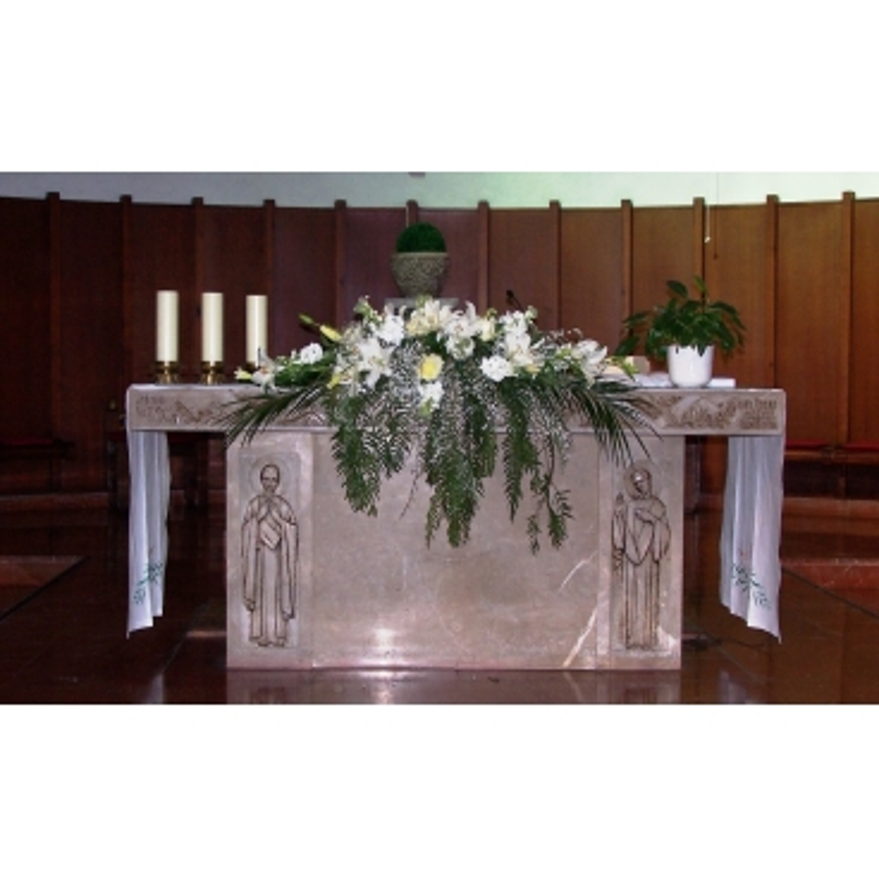 Centro de flores altar